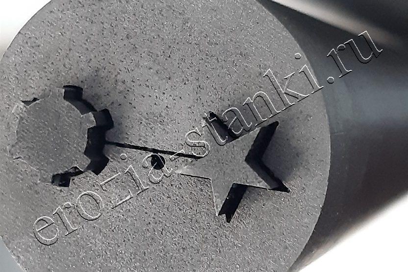 Вырезание фасонных отверстий в толщине 650 мм.
