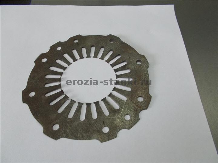 Пластины статора электродвигателя