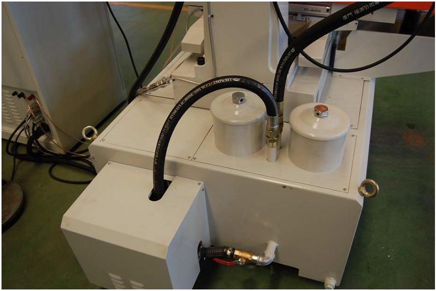 Электроэрозионный копировально-прошивной станок с ЧПУ СЕРИИ SJ-EDM450